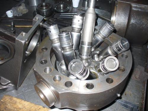 Demontare-si-inlocuirea-componentelor-hidraulice-1