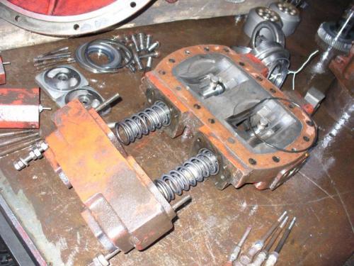 Demontare-si-inlocuirea-componentelor-hidraulice-2