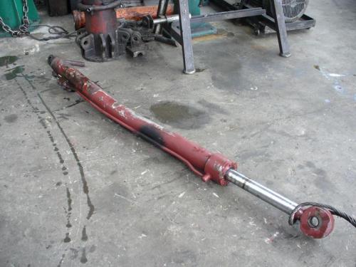 reparatii-cilindrii-hidraulici-pneumatici-4